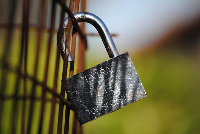padlock-322494_640